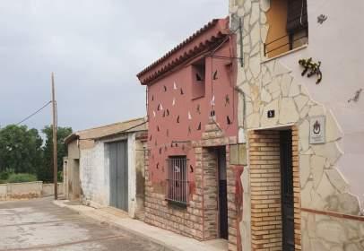 Casa pareada en calle Costera