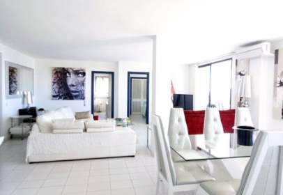 Apartment in Paseo Juan Carlos I