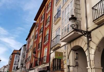 Edificio en calle de la Paloma