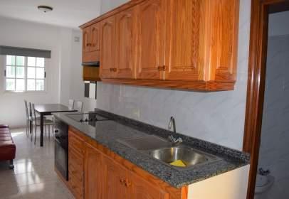 Apartamento en calle Santiago Apostol