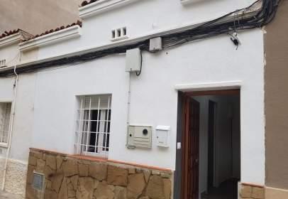 Paired house in Carrer de la Font dels Capellans