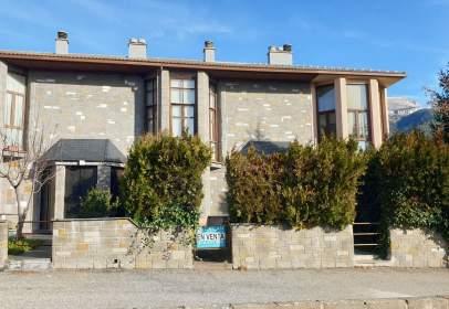 Casa pareada en Avenida de Francia, 43