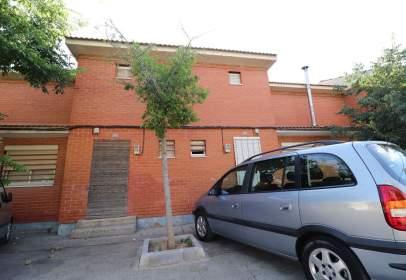 Casa aparellada a calle de la Concepción