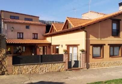 Casa adossada a Contreras