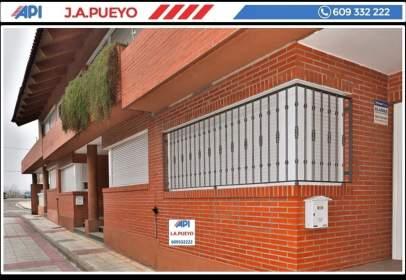 Casa pareada en calle Justicia Mayor, nº 9