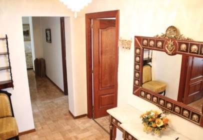 Apartment in calle de Modesto Lafuente