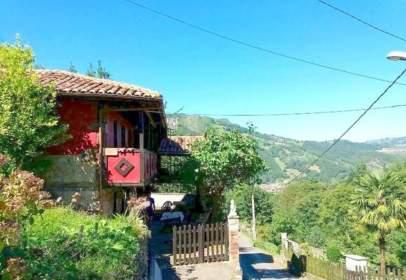 Casa en calle de Loredo