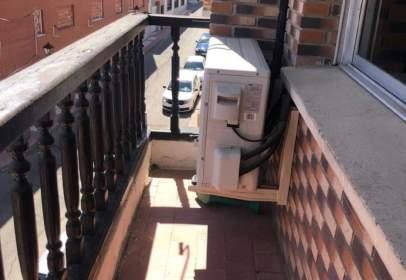 Apartament a Recas