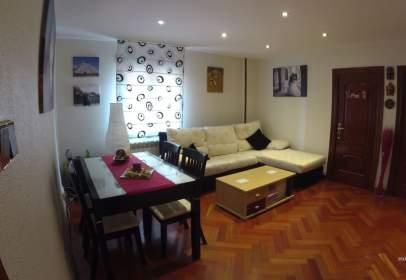 Apartament a calle Agustina de Aragón