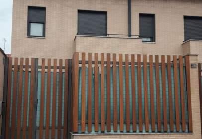Casa pareada en calle Las Francesas, nº 52