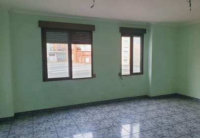 Apartamento en calle de Dolz del Castellar