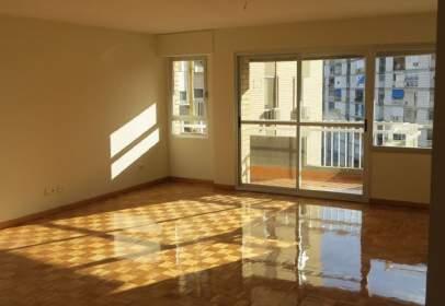 Alquiler de pisos en ciudad jard n distrito nervi n for Alquiler de pisos en el centro de sevilla capital
