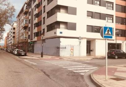 Commercial space in calle Sorbona, nº 1