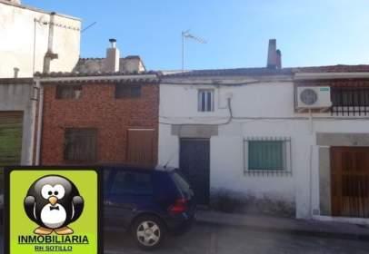 Casa pareada en calle Esperanza, nº 6