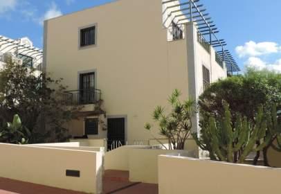 Casa adosada en calle Mencey Tegueste, nº 12