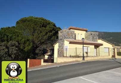 Casa pareada en calle Urbanizacion La Picota, nº 17