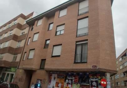 Apartamento en calle Pedro Romero