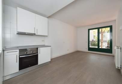 Apartamento en Avenida de Carmen Laforet, 19