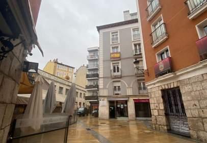 Apartment in calle de la Sombrerería