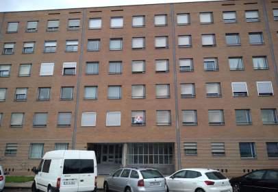 Apartament a Avenida de los Escritores, nº 33