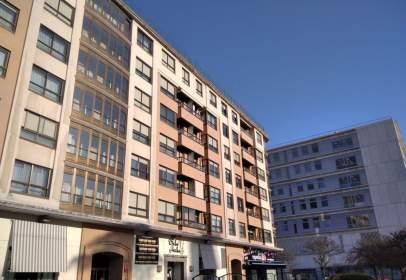 Apartamento en Avenida de los Reyes Católicos, cerca de Calle de Francisco Sarmiento