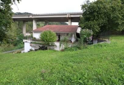 Casa aparellada a calle Ikaztegieta Barreiatua