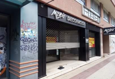 Commercial space in Avenida de la Paz