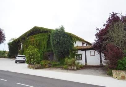 Casa en calle de Elosu