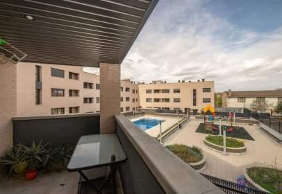 Apartment in calle Benavides de Órbigo, Cadrete