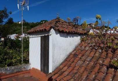 Casa a calle de Emeterio Suárez