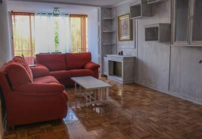 Apartament a calle de Melchor Fernández Almagro