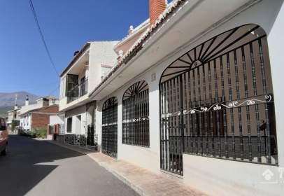 Casa adosada en Jérez del Marquesado