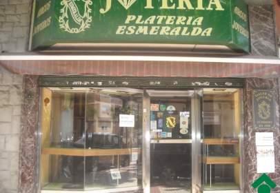 Local comercial a Avenida Compromiso de Caspe