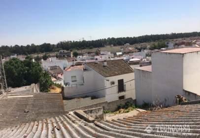 Casa adosada en calle Arriba