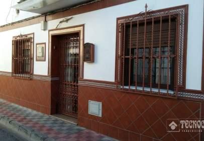 Casa pareada en calle Federico Chueca