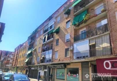 Pis a calle Joaquina Santander