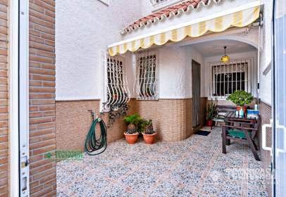 Terraced house in Zona Sur-El Campillo del Moro