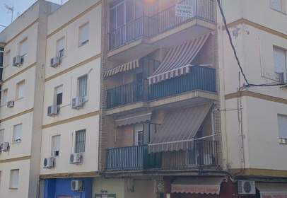 Pis a calle de Fray Diego de Cádiz, prop de Calle del Río Tormes