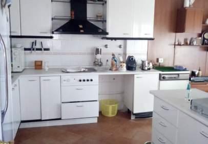 Casa adosada en Montequinto-El Colmenar