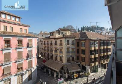 Flat in calle Isabel La Catolica