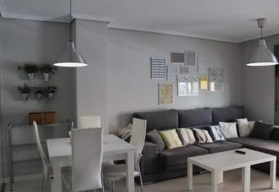 Apartament a calle Montserrat Caballé