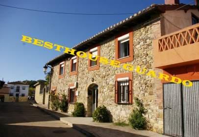 Casa a Santibáñez de La Peña