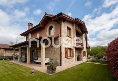 Casa rústica en Treviño