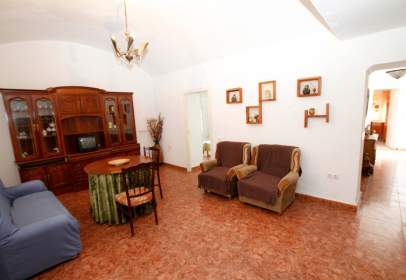 Casa en Valdelacalzada