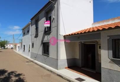 Casa en calle Larga (Guadajira)  en  Guadajira, nº 9