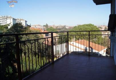 Apartamento en Coll Favà-Can Magí