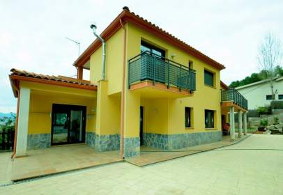 Casa en Castellví de Rosanes