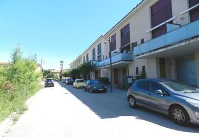 Casa adosada en calle Carrer Nou