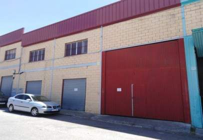 Nau industrial a calle Calzada Auxiliar Blas Inf 13