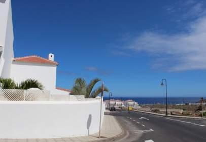 Casa adosada en Arico El Nuevo